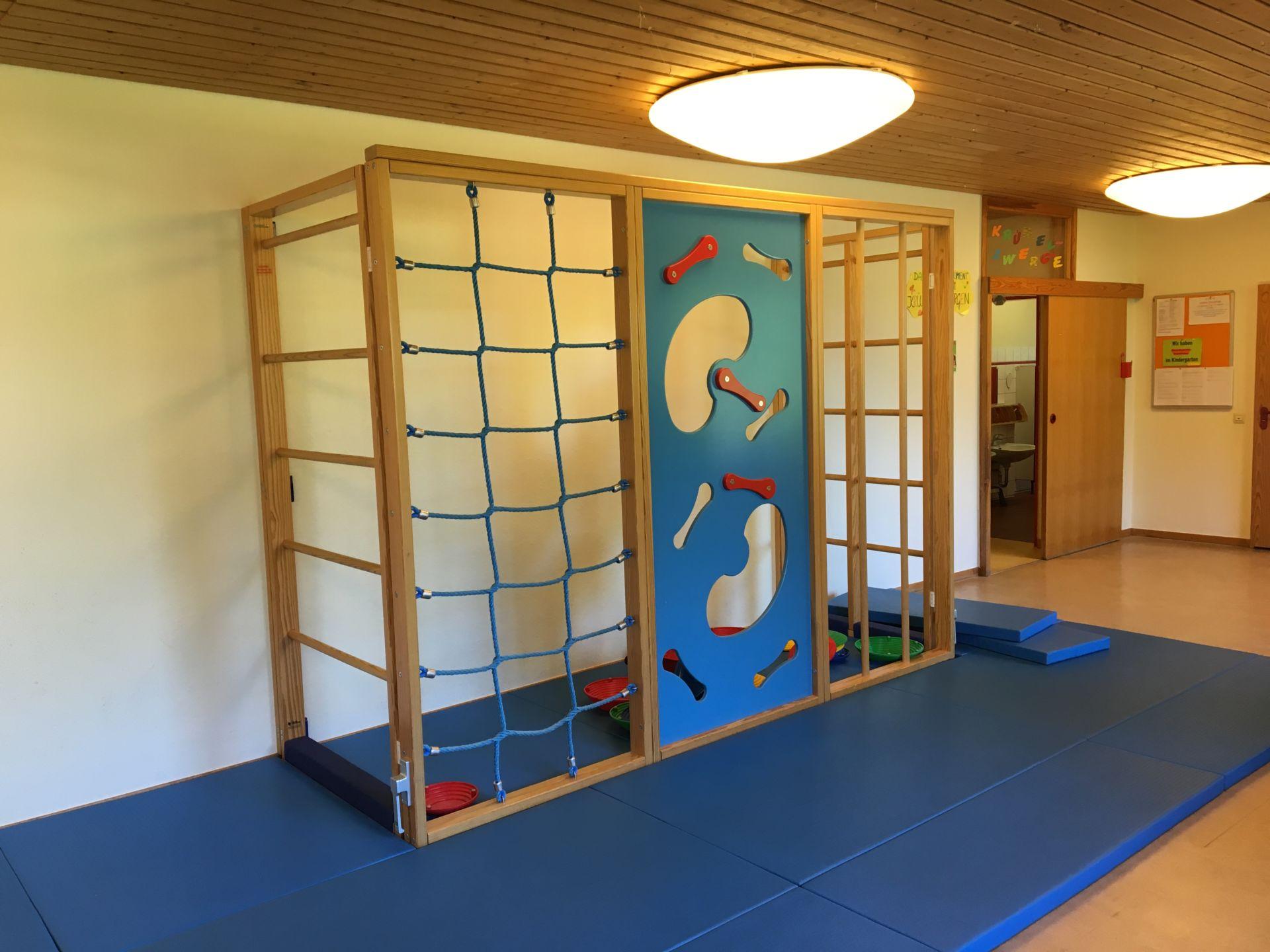 Klettergerüst Innen : Klettergerüst innen u kindergarten stelingen e v
